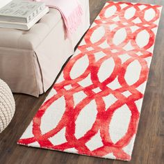 Dip Dye Collection DDY675C Color: Ivory / Red - #safavieh #safaviehrugs #safaviehrunners #rugrunners #rugs #hallwayrugs #entrywayrugs #staircaserugs #staircasecarpets #entrywaycarpts #bedroomrugs #livingroomrugs #diningroomrugs #kitchenrugs #hallwaydecor #entrywaydecor #shoprugs #runnercarpets #bluerunnerrug #tauperunnerrug