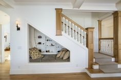 This is as interesting use of space that is often wasted. Room Under Stairs, Stair Storage, Coat Storage, Space Saving Furniture, Living Room Furniture, Dog Houses, Staircase Ideas, Teen Basement, Basement Bathroom