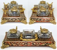 Gorgeous rare antique French Napoleon III era 8 boulle standish or desk top double inkwell, ornate brass faux tortoise shell 'Boulle' inlays with gilt bronze pen holder, center hinged handle