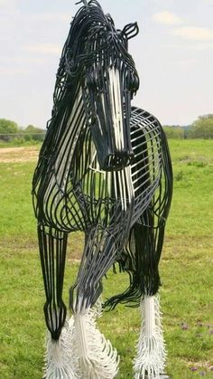 Whoa! Interesting horse art!