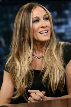 We're totally obsessed with SJP's Hair!