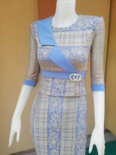 Sleeves Designs For Dresses, Dress Neck Designs, Blouse Designs, Traditional Dresses Designs, Traditional Outfits, Frock Fashion, Fashion Dresses, Dress Batik Kombinasi, Mode Batik