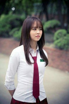 Kim So-hyun : Let's Fight Ghost (Korean Drama) Korean Beauty, Asian Beauty, Lets Fight Ghost, Kim So Hyun Fashion, Hyun Ji, Kim Sohyun, Chinese Actress, Beautiful Asian Women, Korean Actresses