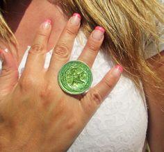 Bague femme réglable capsule de café vert clair avec paillettes : Bague par perles-de-filles