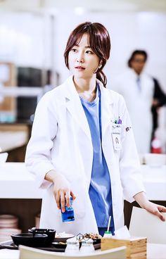 Seo Hyun Jin Korean Actresses, Korean Actors, Seo Hyun Jin, Romantic Doctor, Scarlet Heart, Moon Lovers, Red Velvet Irene, Beauty Inside, Chinese Actress
