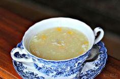 Sopa china de pollo y maíz - Chinese Chicken & Sweet Corn Soup Sweet Corn Soup, Sweet Sour Chicken, Asian Recipes, Healthy Recipes, Ethnic Recipes, Healthy Meals, Chicken And Sweetcorn Soup, Kinds Of Soup, China Food