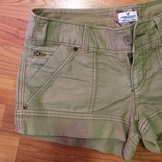 Cargo AE shorts Five pocket shorts. Excellent condition. American Eagle Outfitters Shorts