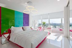 gret bedroom with colorful walls Tuhachevsky Street Apartment
