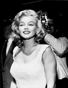 Marilyn Monroe in New York at the opening of the Time-Life Building, 1957.