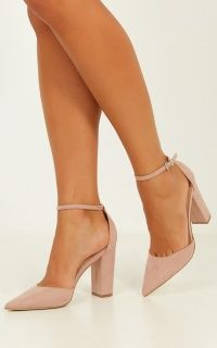 Arlette by Verali, is an essential block heel. Features a close toe-point and thin ankle strap.Product Description:- Upper: Micro Suede- Lining: Synthetic- Heel Height: Fastening: Adjustable Buckle- Fitting: Standard Fit- Sizing: AU/US Ankle Strap Heels, Ankle Straps, Gold Lace Up Heels, Nude Heels, Blush Heels, Patent High Heels, Pointed Heels, Heels Outfits, Bridesmaid Shoes