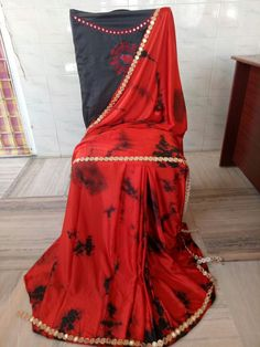 Satin shibouri sarees with blouse embroidery and mirror work lace Elegant Fashion Wear, Trendy Fashion, Blouse Neck Patterns, Shibori Sarees, Blouse Designs, Cool Style, Satin, Embroidery, Mirror Work