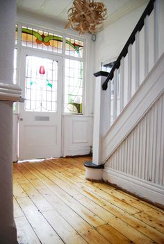 Edwardian Hallway - paint inside of front door & bannister white