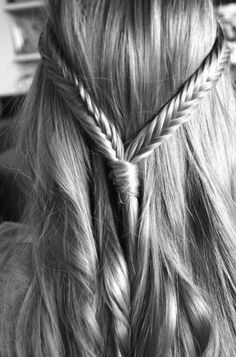 double fishtail braids- I don't like how fishtail braids look on me and in general, I think they make most people's hair looks wispy and dead.but I do like this look :) # double fishtail Braids Popular Hairstyles, Pretty Hairstyles, Braided Hairstyles, Wedding Hairstyles, Braided Updo, Wedding Updo, Quinceanera Hairstyles, Hairstyles 2018, Casual Hairstyles