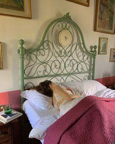 Room Ideas Bedroom, Bedroom Inspo, Diy Bedroom Decor, Vintage Bedroom Decor, Vintage Room, Decor Room, Vintage Home Decor, Dream Rooms, Dream Bedroom