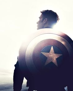 #STEVE ROGERS #CAPTAIN AMERICA #I KINDA WANT TO TAKE A PICTURE LIKE THIS...