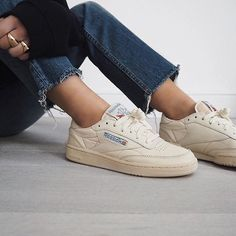 SHOP THE LOOK - Reebok Off White Vintage Shoes, casual sneakers outfit ideas for school style and women fashion, urban outfitters and pacsun outfits inspiration Dior Sneakers, Moda Sneakers, Sneakers Mode, Sneakers Fashion, Casual Sneakers, Reebook Shoes, Sock Shoes, Cute Shoes, Me Too Shoes