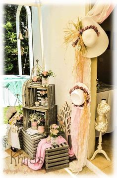 Στολισμός σε ροζ και μέντα χρώματα με την sarah kay-ανθοπωλείο κήπος