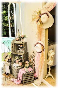 Sarah Kay, Cumpleaños Shabby Chic, Key Decorations, Baby Shawer, Arte Floral, Confetti, Diy And Crafts, Frozen Cake, Wedding Ideas