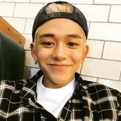 Kpop, Lucas Nct, K Pop Music, Bts, Boyfriend Material, Nct Dream, K Idols, Nct 127, Cute Guys