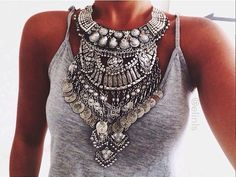 Find images and videos about fashion, beauty and outfit on We Heart It - the app to get lost in what you love. Look Fashion, Fashion Beauty, Womens Fashion, Fashion Photo, Bohemian Mode, Boho Chic, Boho Hippie, Cher Horowitz, Ethno Style