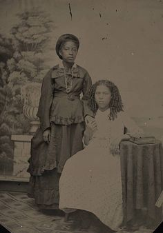 Two African American women, New York, 1890s