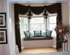Traditional Bedroom Bay Windows Design Pictures Remodel Decor And Ideas Page 10