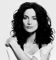 """Carrie Anne Moss via @cosechadel66 August 21, 1967, 4:05 PM In:Vancouver (BC) (Canada) Sun:28°11' LeoAS:15°05' Sagittarius Moon:19°32' PiscesMC:13°49' Libra Dominants:Leo, Virgo, Sagittarius Jupiter, Saturn, Sun Houses 8, 3, 9 / Fire, Water / Fixed Chinese Astrology:Fire Goat Numerology:Birthpath 7 Height:Carrie-Anne Moss is 5' 8½"""" (1m74) tall"""