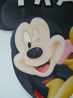 Muurschildering kinderkamer van Mickey met Pluto. Bekijk ook mijn Facebookpagina:  https://www.facebook.com/esthersmuurschilderingen/