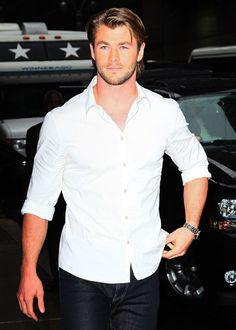 Chris Hemsworth. This guy has the sexiest deep, Aussie-accented voice. Oh and he's not that bad to look at either ;)