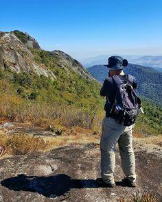 Nossa viagem para Monte Verde acabou mas ainda vamos postar muitas fotos e dicas de lá.  Essa foto é da trilha do Pico do Selado o ponto mais alto de Monte Verde Minas Gerais. #NerdsEmMonteVerde