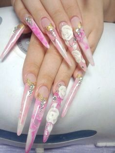 Stiletto nails♡