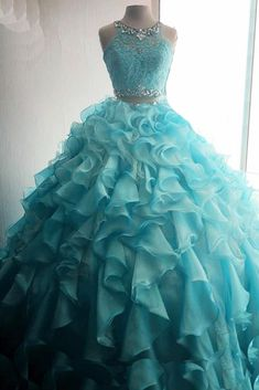 Size Chart for Quinceanera and Sweet 16 dresses Pretty Quinceanera Dresses, Pretty Prom Dresses, Sweet 16 Dresses, Prom Dresses Blue, 15 Dresses, Ball Dresses, Cute Dresses, Beautiful Dresses, Dress Outfits