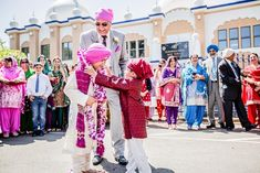 California Sikh Wedding by James Thomas Long Photography Must Have Wedding Pictures, Indian Wedding Pictures, Wedding Photo Pictures, Indian Wedding Couple Photography, Wedding Photo Gallery, Indian Wedding Outfits, Indian Wedding Ceremony, Punjabi Wedding, Desi Wedding