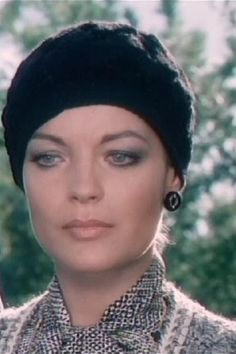 "Romy in ""Les innocents aux mains Romy Schneider, Carole Lombard, Alain Delon, Clark Gable, Les Innocents, Lilli Palmer, Ornella Muti, Le Talent, French Movies"