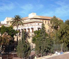 Palacio Ducal de Gandia Mansions, House Styles, Palaces, Community, Beach, Photos, Spanish, Fancy Houses, Mansion