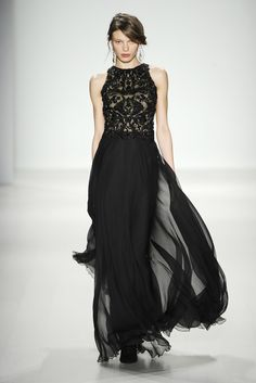 Tadashi Shoji RTW Fall 2014 - Slideshow - Runway, Fashion Week, Fashion Shows, Reviews and Fashion Images - WWD.com