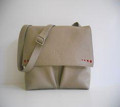 Conika Collection www.fungo-artigiano.gr #leather #handbag #fungoartigiano #handmade