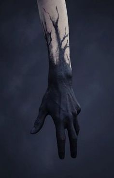 BODY PAINT Scribes hands but changed to gold would acompany golden runes on the body model is dark skinned for EG # Ink Aesthetic harry dunkerley uploaded by alexielle🥀 on We Heart It Les Runes, Arte Horror, Oeuvre D'art, Black Tattoos, Dark Art, Les Oeuvres, Art Reference, Character Inspiration, Fashion Inspiration