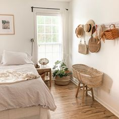 Happiest and sunniest corner in the house 🌈☀️ Farmhouse Bedroom Decor, Home Decor Bedroom, Bedroom Stuff, Fall Bedroom, Cozy Bedroom, College House, College Room, Home Design Decor, Interior Design