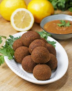 Falafel 2 Ways : Classic And Baked by Tasty