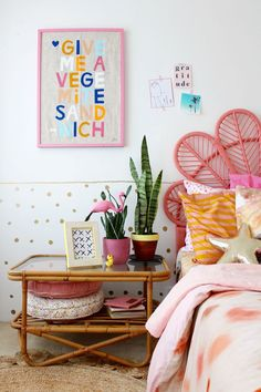 Read how I restyle my kids bedroom | more ideas on the blog, tip 2 is my fave! |girls room