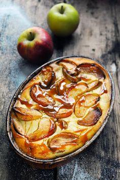 Dorian cuisine.com Mais pourquoi est-ce que je vous raconte ça... : Le samedi c'est retour vers le futur... Petit flan très pommes et pom pom pom… parce que la pomme c'est bon pour tout!
