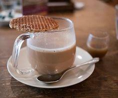 Uffff coffee and Stroopwafels <3