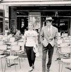 Jean Seberg and Jean-Paul Belmondo in A bout de souffle directed by Jean-Luc Godard, 1959. Photo by Raymond Cauchetier