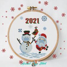Santa Cross Stitch, Cross Stitch Baby, Simple Cross Stitch, Modern Cross Stitch, Snowman Cross Stitch Pattern, Cross Stitch Christmas Ornaments, Christmas Cross, Funny Cross Stitch Patterns, Cross Stitch Designs