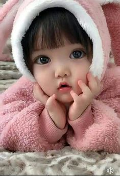 On our website , we give popular Muslim baby names which included girl names equally and have the best meanings and connotations. Cute Baby Girl Pictures, Cute Baby Boy, Cute Little Baby, Baby Kind, Little Babies, Cute Baby Dolls, Pretty Baby, Baby Love, Muslim Baby Names
