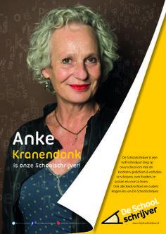 """Anke Kranendonk: """"Ik kom al meer dan dertig jaar op scholen, eerst als toneelspeler en later als schrijver. Vaak denk ik: wat een leuke kinderen! Ik wil ze leren kennen, met ze aan het werk willen gaan, laten zien hoe fijn het is om te fantaseren. We kunnen in verhalen de wereld maken zoals we hem zelf willen hebben."""""""