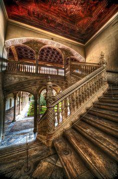 Escalera noble