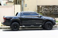 Ford Ranger WildTrak + custom wheels/tyres