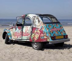 Vespa, Old Cars, Cars And Motorcycles, Dream Cars, Classic Cars, Van, Bike, Cool Stuff, Flower Power